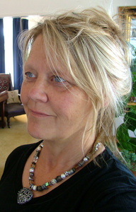 LYNDA LEE WEB DESIGNER NEW ZEALAND & UK